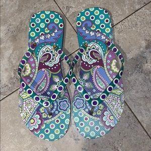 Vera Bradley flip flops sz 9-10 excellent like new